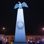 Pomnik w mały miasteczku, rynek, fot. Piotr Kubic
